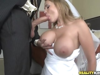 blond Porn big tits video