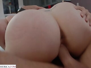 babe Porn blonde video